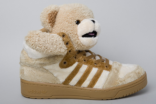 Adidas-jeremy-scott-teddy-bear-1-1